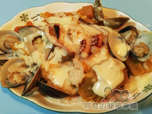 鮮奶南瓜海鮮焗燉飯06-焗烤完成