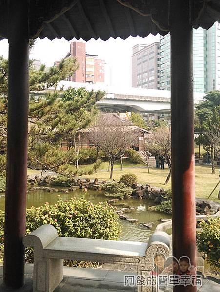 逸仙公園15-涼庭上公園一景