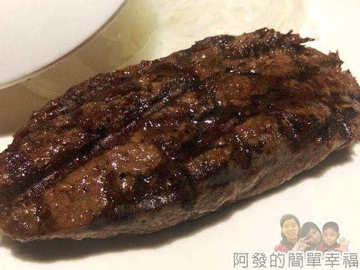 超越原味炭烤牛排23-里肌牛排特寫
