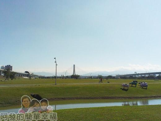 大臺北都會公園II16-幸福水漾公園-廣大的腹地.jpg