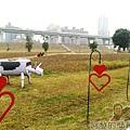 大臺北都會公園II20-幸福水漾公園-多了一些花圃.jpg