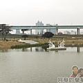 大臺北都會公園II36-幸福水漾公園-兩心相許.jpg
