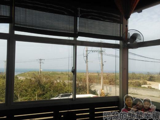 三芝-越南小棧10-2樓窗外風景