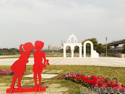 公館景福租借站-大稻埕租借站05-古亭河濱公園路段-教堂外框造景