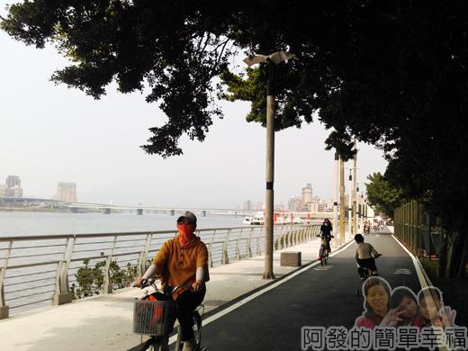 公館景福租借站-大稻埕租借站43-大稻埕路段-終於看到碼頭了