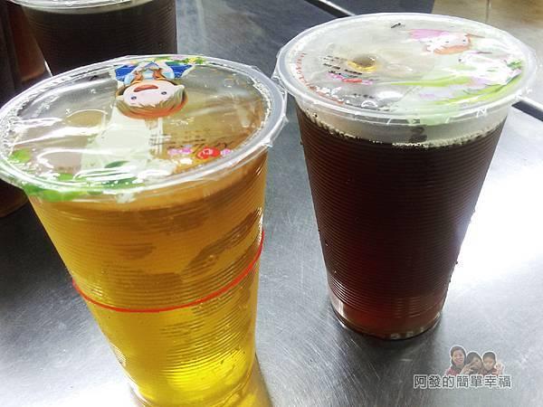 士林夜市-王青草茶06-綠茶和青草茶