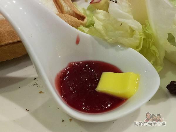 笑咪咪三文治24-4號三文治套餐-果醬和鹹奶油