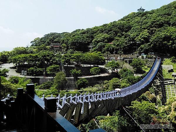 白石湖12-白石湖吊橋另一端的風景