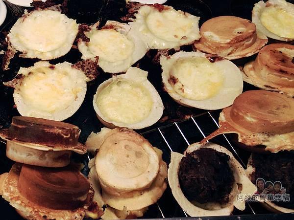 胡家醬爆車輪餅04-烤盤上的車輪餅