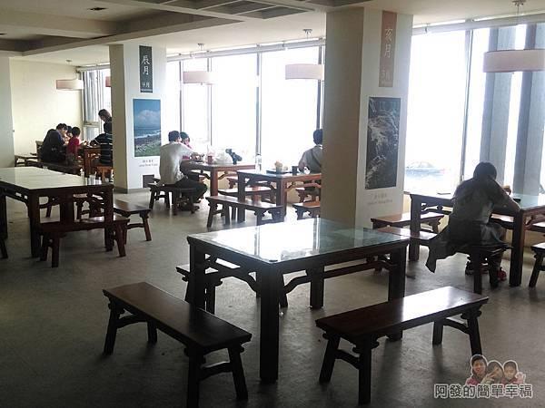 劉家肉粽13-2樓用餐區