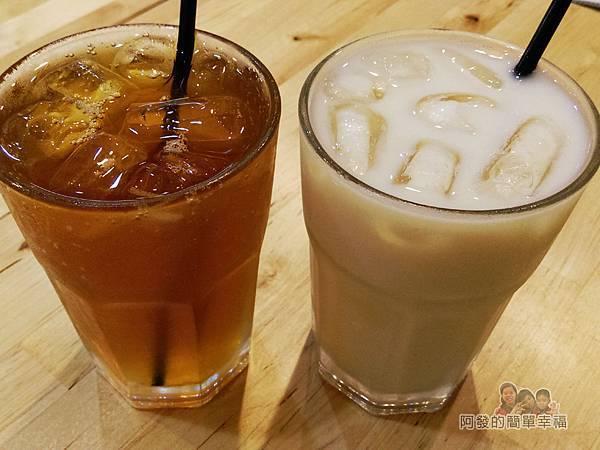 向陽晨間飲食館26-紅茶與鮮奶茶