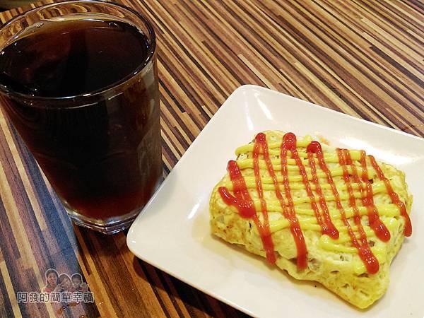 向陽晨間飲食館11-薯餅塔+紅茶