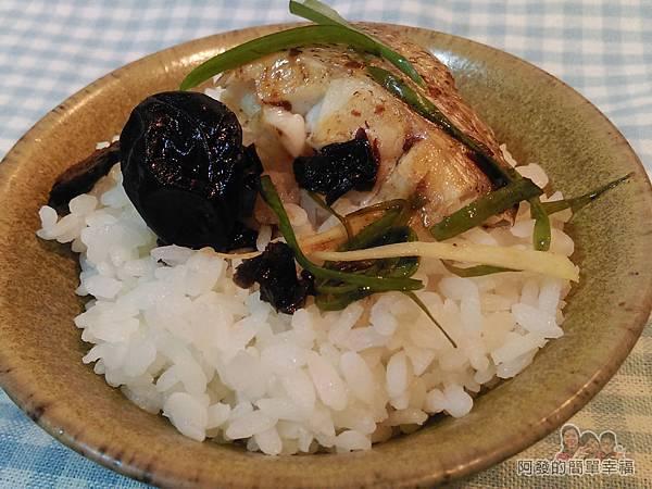清蒸梅子鱸魚12-搭上白飯