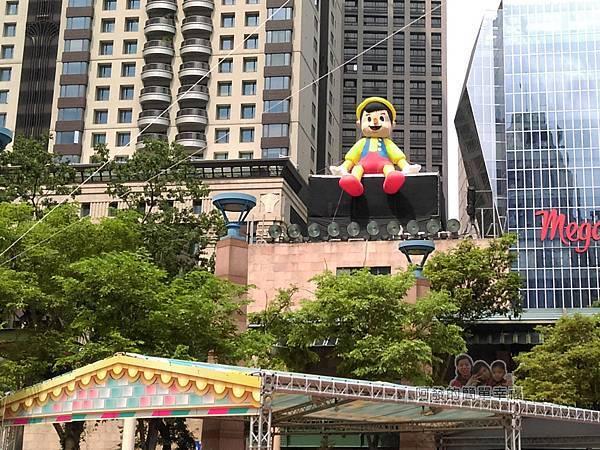 新北市兒童藝術節-童話城堡11-童話巨型裝置-小木偶