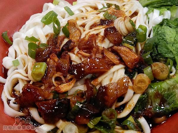 珍珍小館18-肉燥乾麵