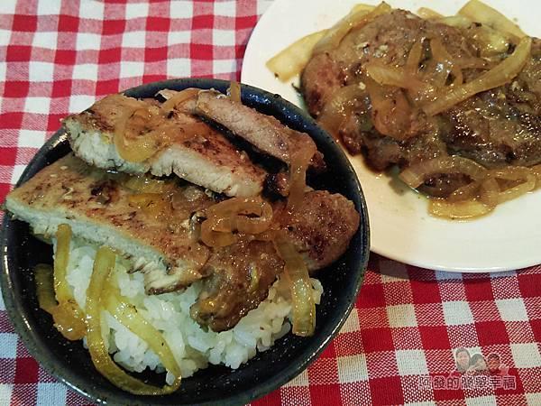 煎滷洋蔥豬排飯13-洋蔥豬排搭白飯
