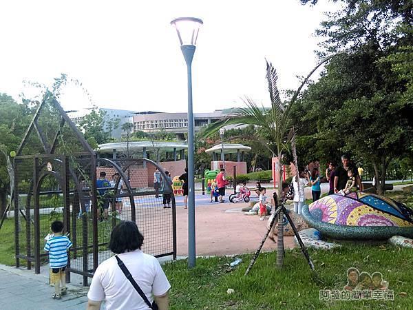 新勢公園03-兒童遊樂場