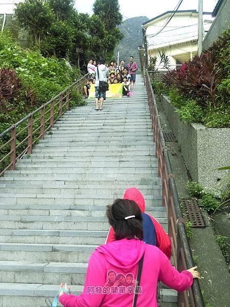 濂洞國小04-階梯離濂洞國小約85m