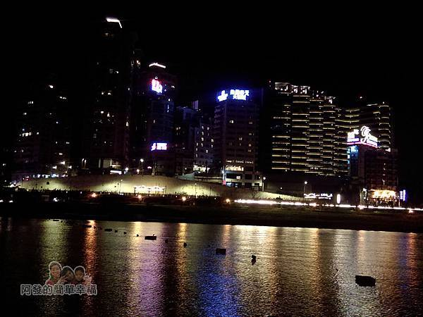 陽光橋-碧潭(夜騎)17-碧潭河濱夜景風光