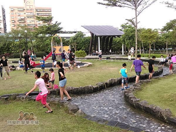 錦和運動公園03-野溪河道