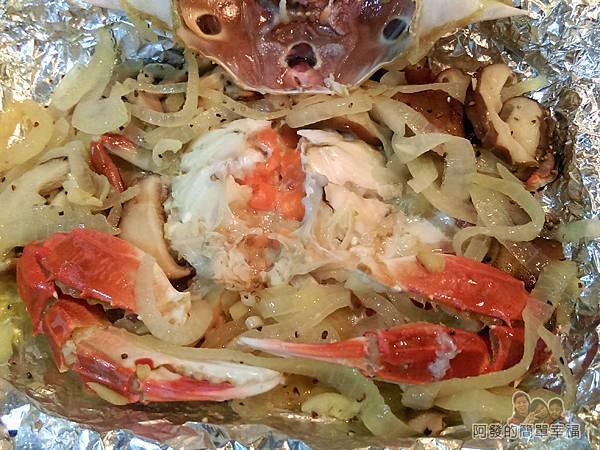 奶油螃蟹15-翻開蟹蓋