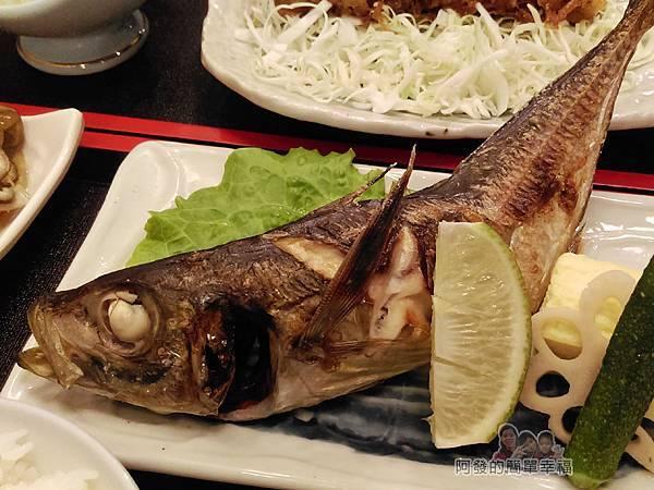 美希屋22-塩烤竹筴魚定食-烤竹筴魚