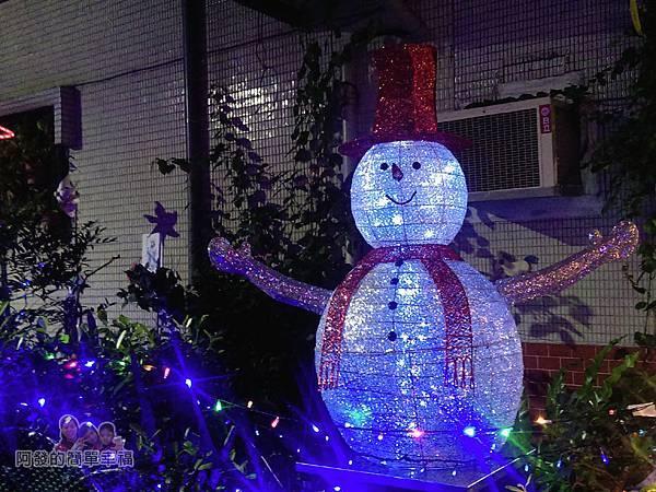 吉慶里聖誕巷07-71巷15弄口雪人燈飾