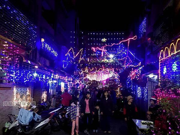 吉慶里聖誕巷08-71巷15弄燈海