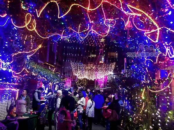 吉慶里聖誕巷09-71巷15弄繽紛的燈海