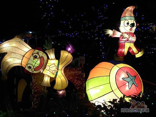 福興里聖誕公園10-公園正面入口處一旁的燈飾