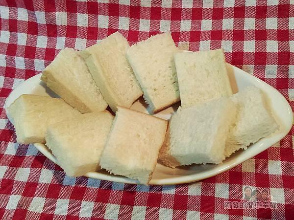 法式布丁吐司02-吐司切小片