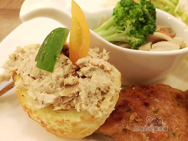窩在一起17-Brunch輕食早午餐-法式套餐-法國麵包佐鮪魚沙拉