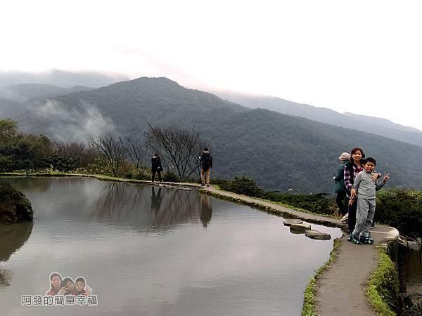 八煙聚落29-水中央景色美但要注意安全