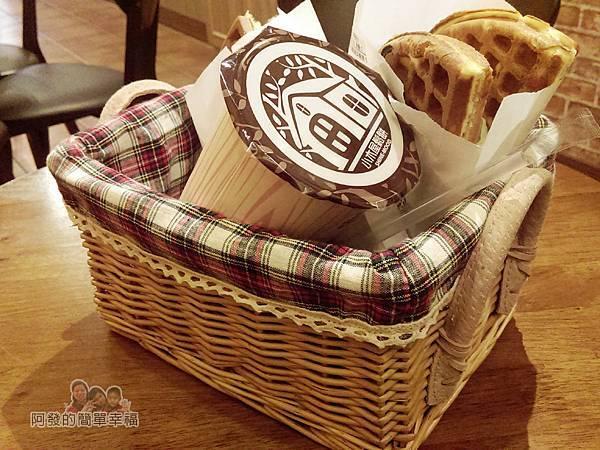 板橋小木屋鬆餅13-美食上桌