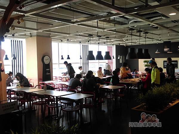 IKEA(早餐)20-前段靠窗用餐區