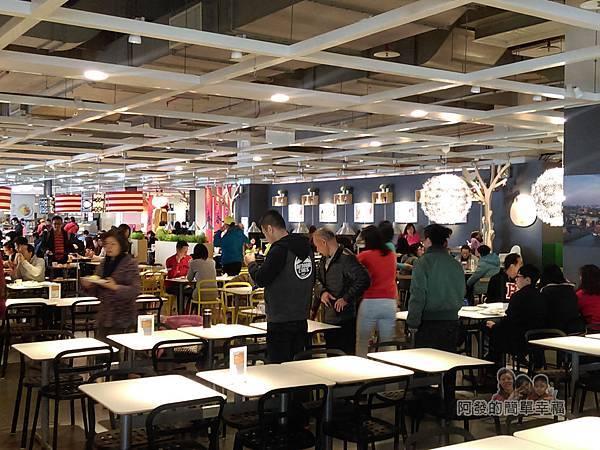 IKEA(早餐)44-9點半時的人潮