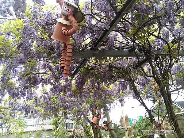 台北花卉村32-新娘禮車停車區-如紫藤花森林般