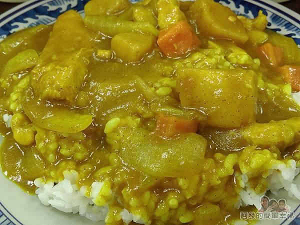 福珍排骨酥麵08-咖哩雞肉飯