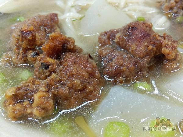 福珍排骨酥麵11-排骨酥清湯麵(意麵)-湯頭