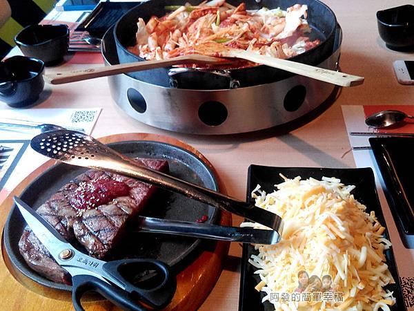 OMAYA春川炒雞16-12盎司厚切肉排+岩漿起司+春川炒雞