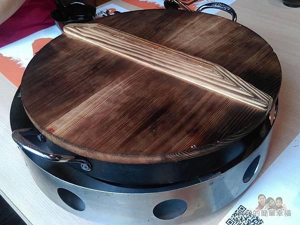 OMAYA春川炒雞23-春川炒雞B餐-蓋上鍋蓋燜一下