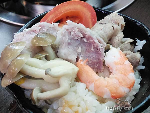 菇菇茶米館25-田媽媽菇鍋美食館-豐盛、鮮美有機且無毒的食材