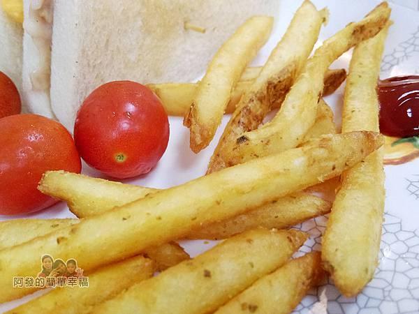斯味漢堡08-總司令套餐-小蕃茄與炸薯條