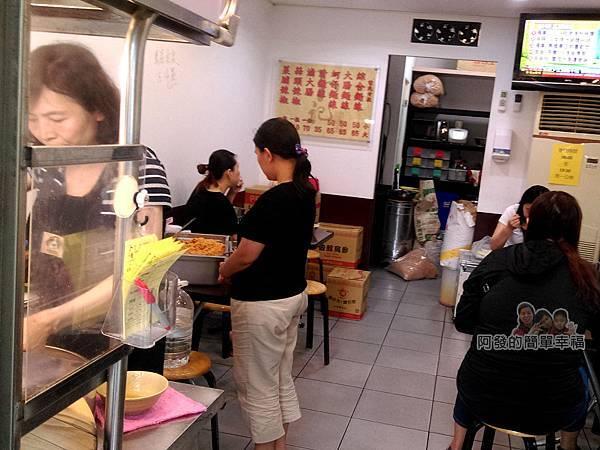 卜記專業麵線02-店內環境