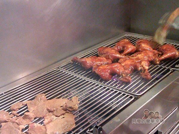 巷仔口烤肉06-碳火烤肉區