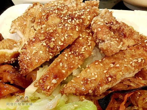 巷仔口烤肉11-碳烤雞排特寫