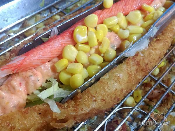星光夜市29-御品香營養三明治-龍蝦上船製作中