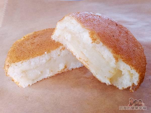 親親純蛋糕10-鬆餅切面