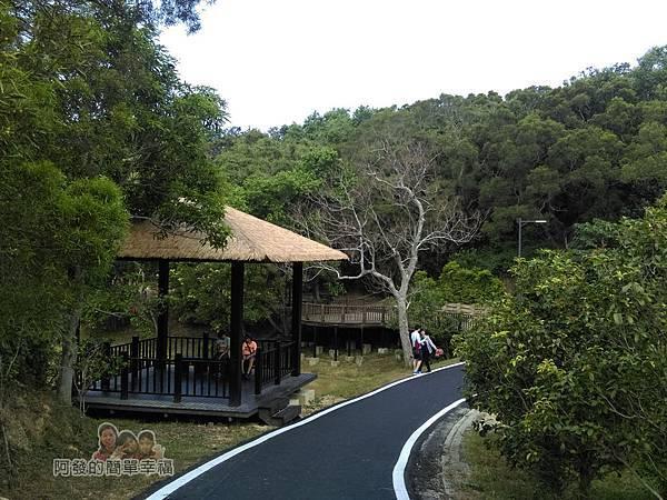 青青草原31-折回-生態池(水水公園)涼亭