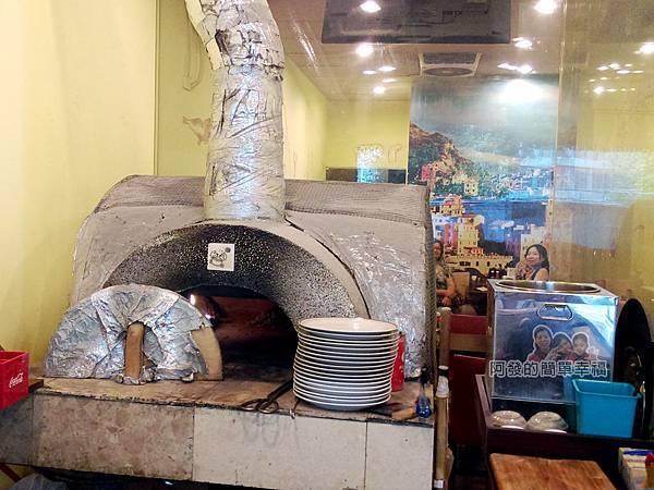 紅鬍子手工窯烤披薩05-窯爐